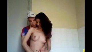 سكس عربي مغربية جميلة مع عشيقها في الحمام فيديو عربي